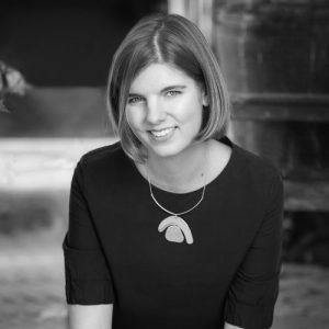 Elizabeth Macneal - autrice