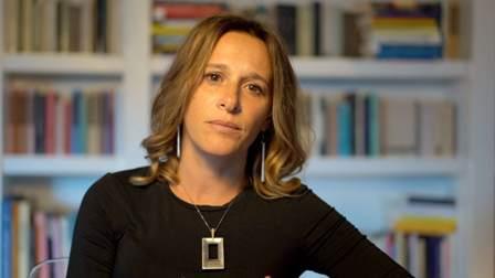 Valeria Perrella - Biografia